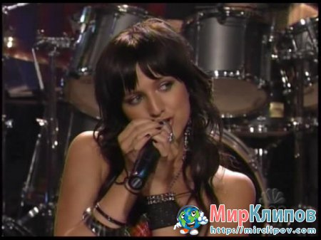 Ashlee Simpson - Pieces Of Me (Live, Jay Leno Show)