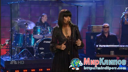 Nelly Furtado - Say It Right (Live, Tonight Show With Jay Leno, 2006)