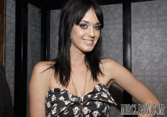 Katy Perry - Hot N Cold (Live BBC HDTV)