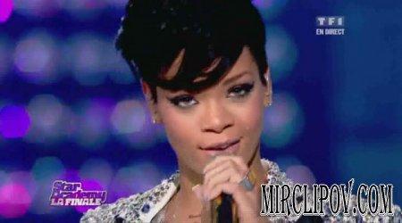 Rihanna - Umbrella (Live, 19.12.08)