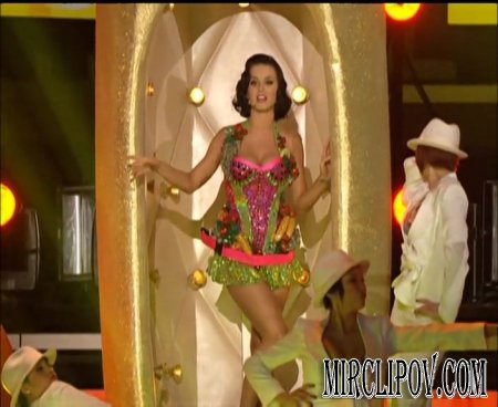 Katy Perry - I Kissed A Girl (Live, Grammy Awards, 2009)