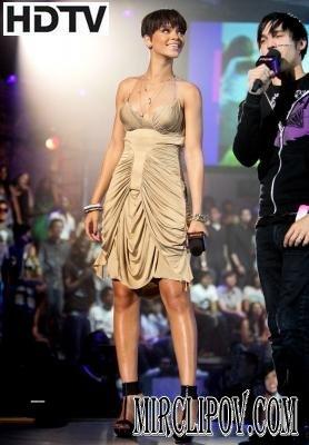 Rihanna - Take a Bow (Live, FNMTV)