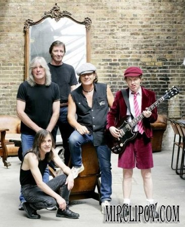 AC/DC - Young East West