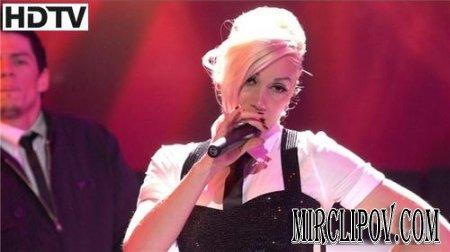 Gwen Stefani - The Sweet Escape (Live, American Idol, 2008)