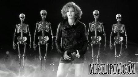 Mylene Farmer - C'Est Dans L'Air