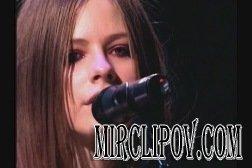 Avril Lavigne - Tomorrow (Live)