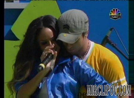 Enrique Iglesias Feat. Ciara - Takin' Back My Love (Live)