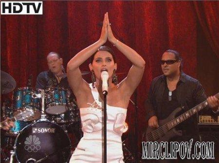 Nelly Furtado - Manos Al Aire (Live, Tonight Show, 2009)