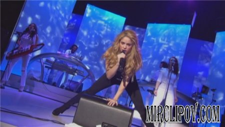 Shakira - She Wolf (Live, Le Grand Journal, 2009)