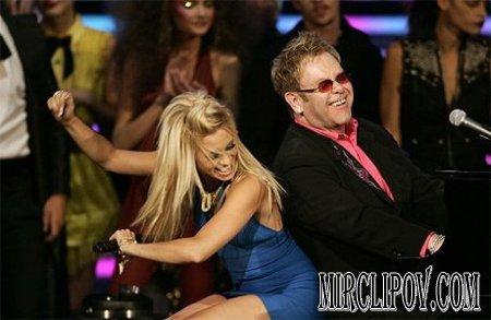 Pussycat Dolls & Elton John - Saturday Nights Alright For Fighting (Live, Fashion Rocks)