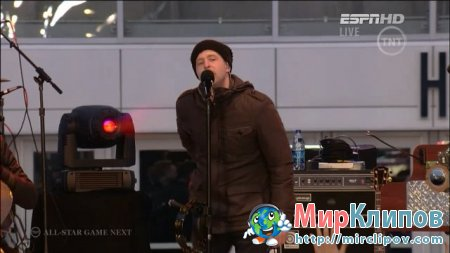 One Republic - All The Right Moves (Live, NBA All Star Game)