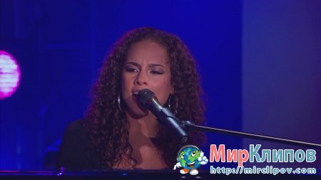 Alicia Keys - Try Sleeping With A Broken Heart (Live, Oprah Winfrey Show, 03.05.10)
