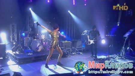 Yeah Yeah Yeahs - Gold Lion (Live, Jukebox, London)