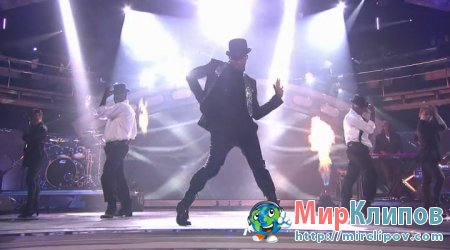 Usher Feat. Will.I.Am - OMG (Live, American Idol)