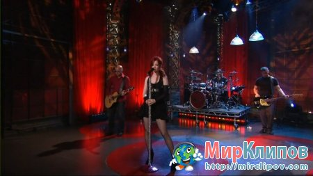 Garbage - Bleed Like Me (Live, Tonight Show With Jay Leno, 2005)