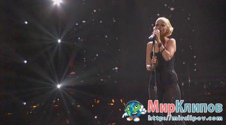 Christina Aguilera - Medley (Live, American Idol)