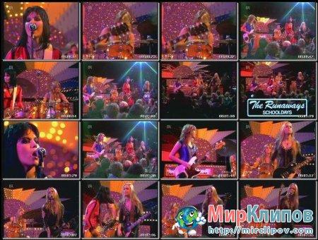 The Runaways - Schooldays (Live)