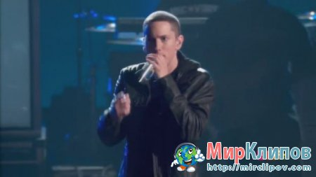 Eminem - Not Afraid (Live, BET Awards, 2010)