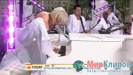 Lady Gaga - You And I (Live, Today Show)