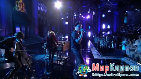 One Republic - Secrets (Live, Lopez Tonight)