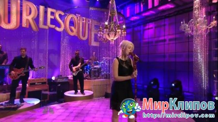 Christina Aguilera - Bound To You (Live, Tonight Show With Jay Leno)