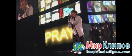 Justin Bieber - Pray (Live, American Music Awards, 2010)