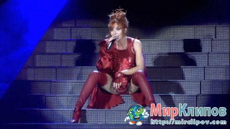 Mylene Farmer - California (Live, Stade De France, 2009)