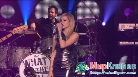 Avril Lavigne - Girlfriend (Live, Dick Clarks New Years Rockin Eve, 2011)