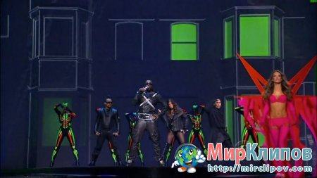 Black Eyed Peas - Boom Boom Pow (Live Victoria's Secret Fashion Show, 2009)