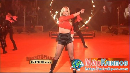 Britney Spears - Womanizer (Live, GMA, 12.02.2008)