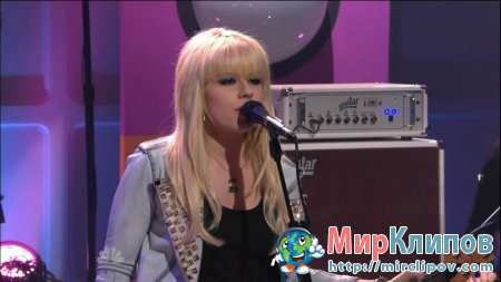 Orianthi - According To You (Live, Tonight Show With Jay Leno, 18.03.2010)