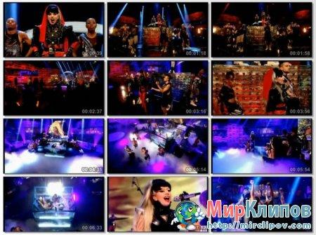 Lady Gaga - Judas & Born This Way (Live, Graham Norton Show)