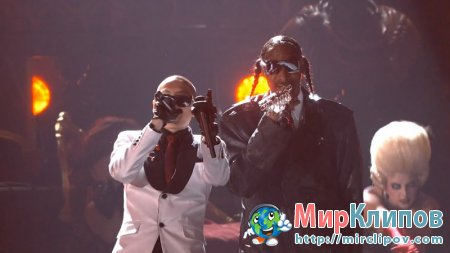 Far East Movement Feat. Ryan Tedder & Snoop Dogg - Rocketeer & If I Was You (OMG) (Live, Billboard Music Awards, 2011)
