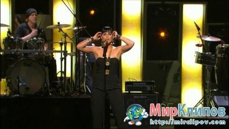 Nelly Furtado - Manos Al Aire (Live, Premio Lo Nuestro A La Musica Latina, 2010)