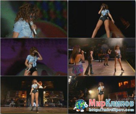 Rihanna - Cheers (Live, V Festival, 2011)