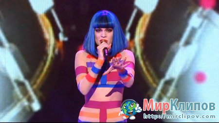 Jessie J - Domino (Live, The X Factor, 10.11.2011)