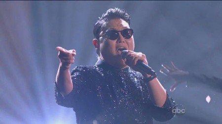 PSY Feat. MC Hammer - Gangnam Style (Live, AMA, 2012)