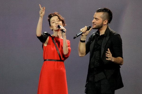 Даша Суворова и Иракли - Нелюбовь (Live, Золотой Граммофон, 2012)