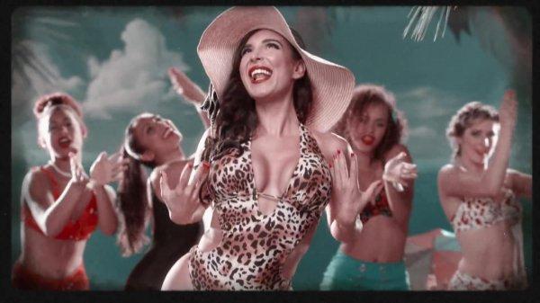 Mayra Veronica - Mama Mia