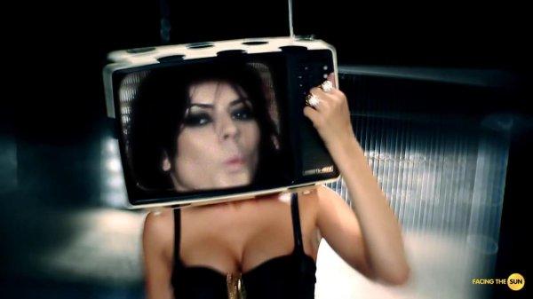 Lora Karajova feat. Krisko Beats - Bye, bye