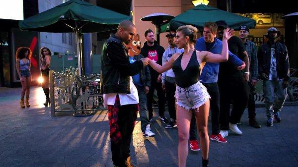 Chris Brown ft. Lil Wayne, Tyga - Loyal
