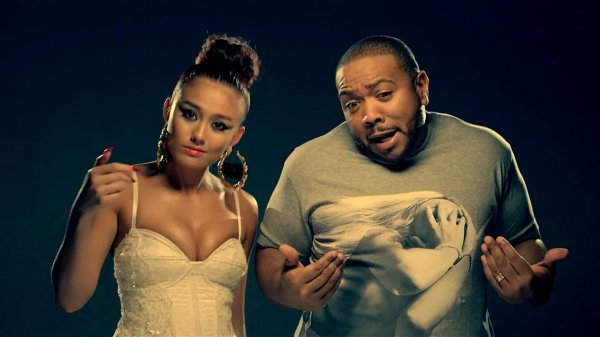 AGNEZ MO feat. Timbaland & T.I. - Coke Bottle