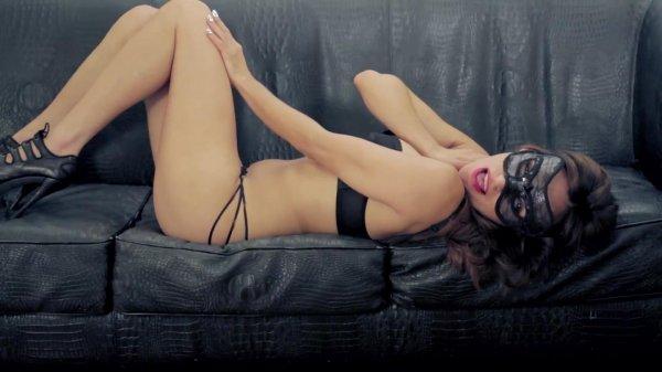 Noelia Hernandez - Naughty Girl