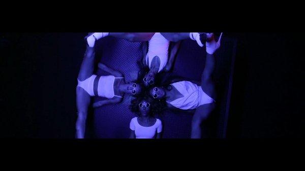 Ray J ft. Dria, Migos - ATM