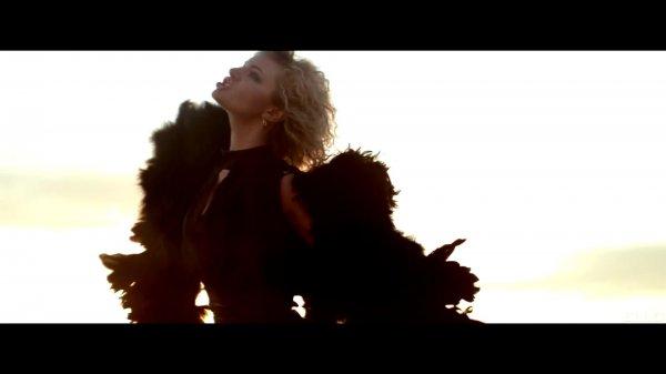Сопрано Турецкого & Roberto Kel Torres - Посмотри, какая красивая