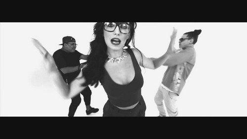 Jessica Agombar ft Scratchy, Manga & Star.One - Bam Bam