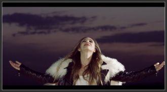 Adela Popescu feat. Sorana - Curaj