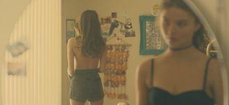 Hayley Kiyoko - Girls Like Girls