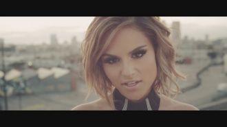 Jenaux feat. Pia Toscano - Renegades