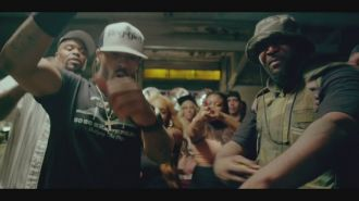 Method Man feat. Redman, Hanz On & Streetlife – Straight Gutta